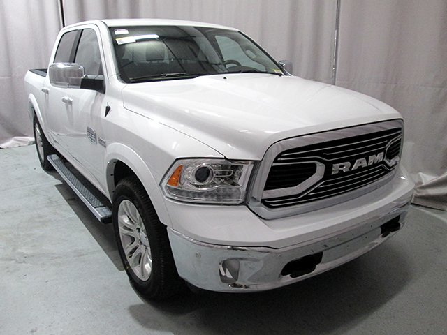 2017 Ram 1500 Crew Cab 4x4, Pickup #D170553 - photo 3