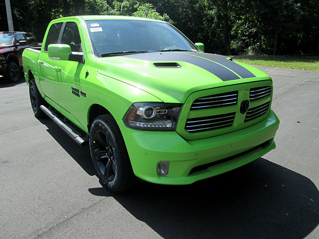 2017 Ram 1500 Crew Cab 4x4, Pickup #D170667 - photo 3