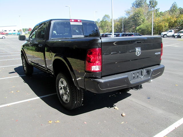 2018 Ram 2500 Crew Cab 4x4 Pickup #D180075 - photo 2