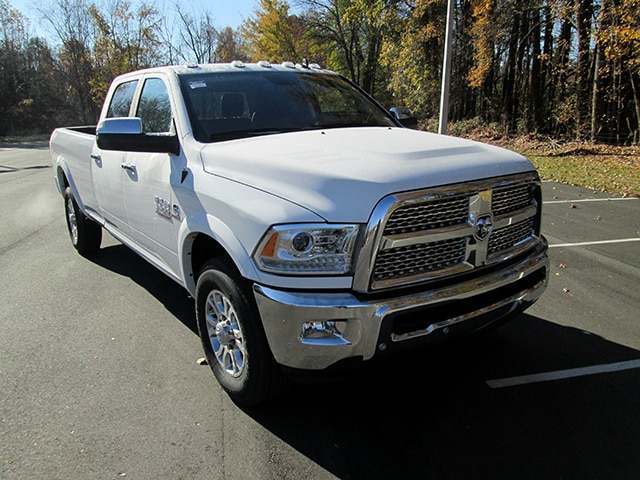2018 Ram 3500 Crew Cab Pickup #D180140 - photo 1