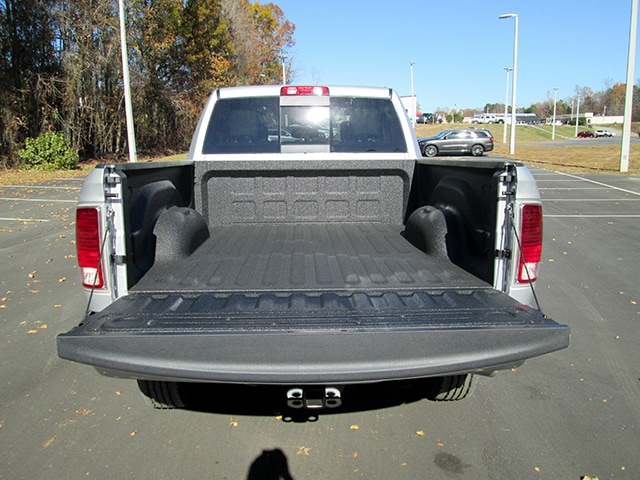 2018 Ram 2500 Crew Cab 4x4, Pickup #D180158 - photo 11