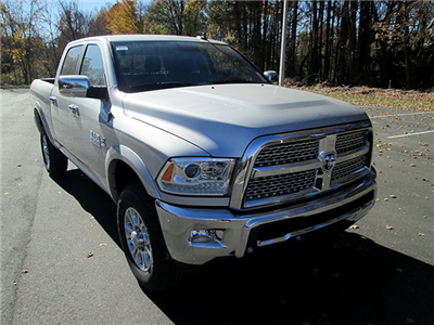 2018 Ram 2500 Crew Cab 4x4, Pickup #D180158 - photo 1
