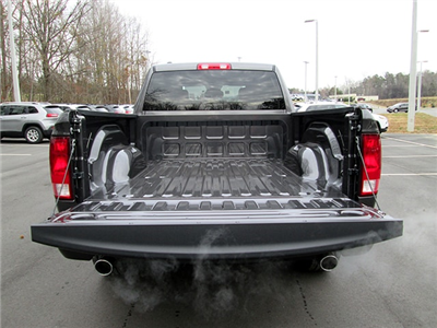 2018 Ram 1500 Quad Cab Pickup #D180287 - photo 11