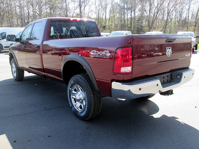 2018 Ram 2500 Crew Cab 4x4, Pickup #D180404 - photo 2