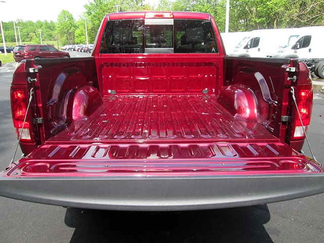 2018 Ram 1500 Quad Cab, Pickup #D180477 - photo 11