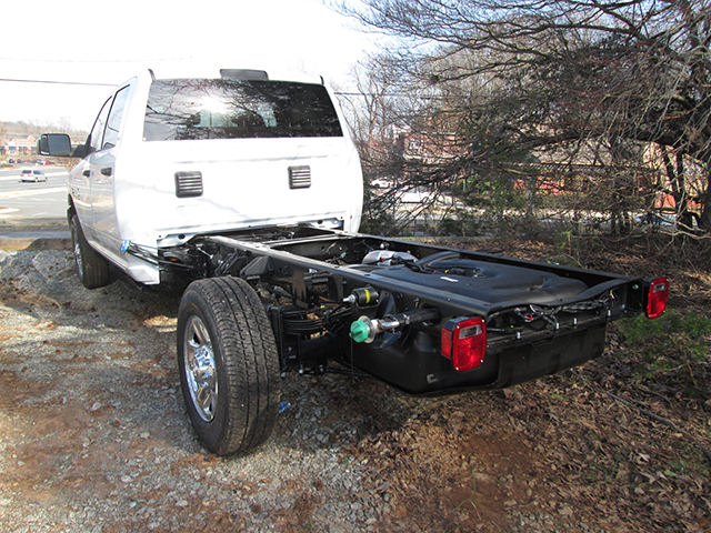2016 Ram 3500 Crew Cab 4x4, Cab Chassis #D160241 - photo 2