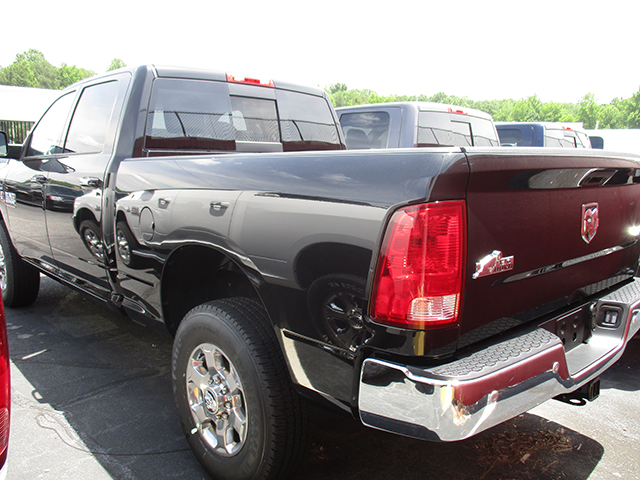 2017 Ram 3500 Crew Cab 4x4, Pickup #D170377 - photo 2