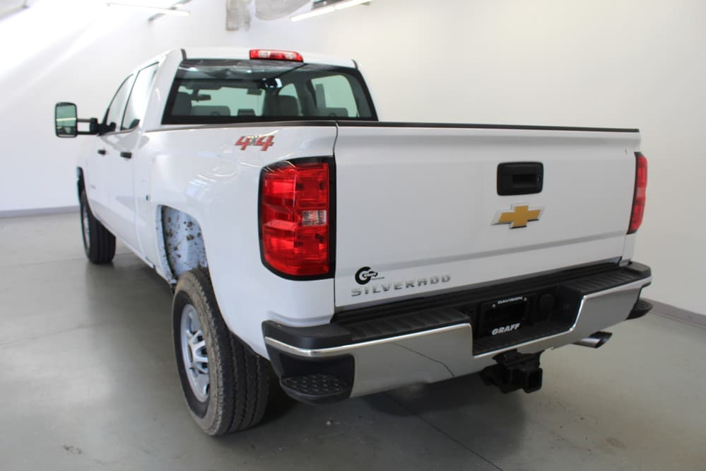 2018 Silverado 2500 Crew Cab 4x4 Pickup #6-10784 - photo 2
