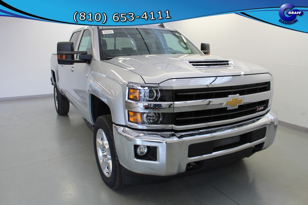 2018 Silverado 2500 Crew Cab 4x4, Pickup #6-10785 - photo 9