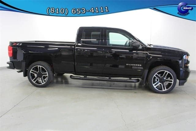 2018 Silverado 1500 Double Cab 4x4,  Pickup #6-11737 - photo 5
