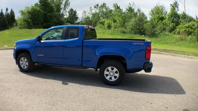 2018 Colorado Extended Cab 4x4,  Pickup #6-13863 - photo 3