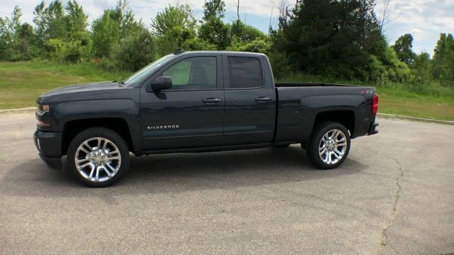 2018 Silverado 1500 Double Cab 4x4,  Pickup #6-14038 - photo 7