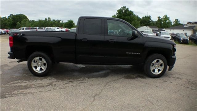2018 Silverado 1500 Double Cab 4x4,  Pickup #6-14104 - photo 3