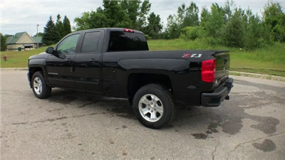 2018 Silverado 1500 Double Cab 4x4,  Pickup #6-14104 - photo 2