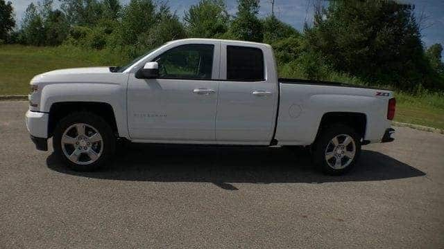 2018 Silverado 1500 Double Cab 4x4,  Pickup #6-14354 - photo 7