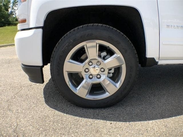 2018 Silverado 1500 Double Cab 4x4,  Pickup #6-14354 - photo 10