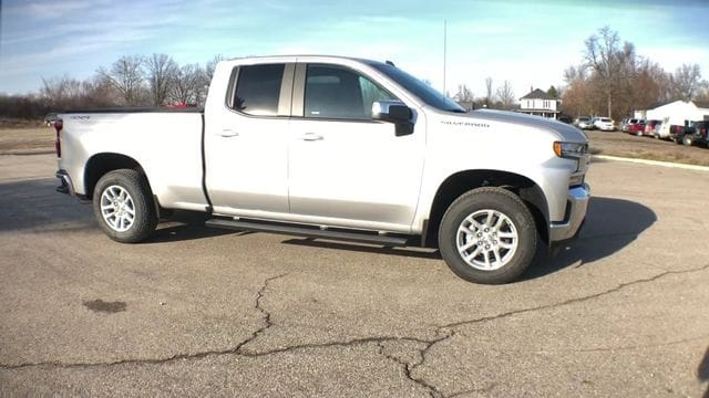 2019 Silverado 1500 Double Cab 4x4,  Pickup #6-16277 - photo 4