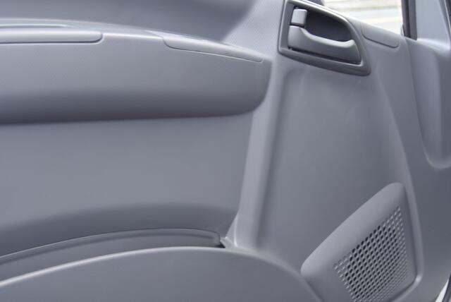 2020 Chevrolet LCF 4500 Regular Cab DRW 4x2, Morgan Dry Freight #20642 - photo 13