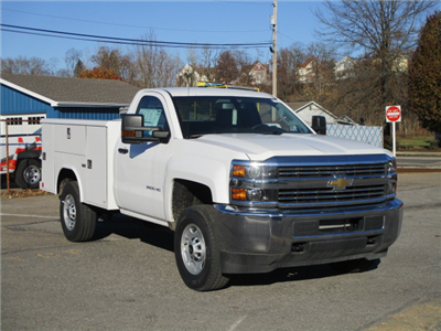 2017 Silverado 2500 Regular Cab 4x4, Reading Classic II Steel Service Body #T1604 - photo 3