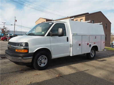 2017 Express 3500, Reading Aluminum CSV Service Utility Van #T2090 - photo 3
