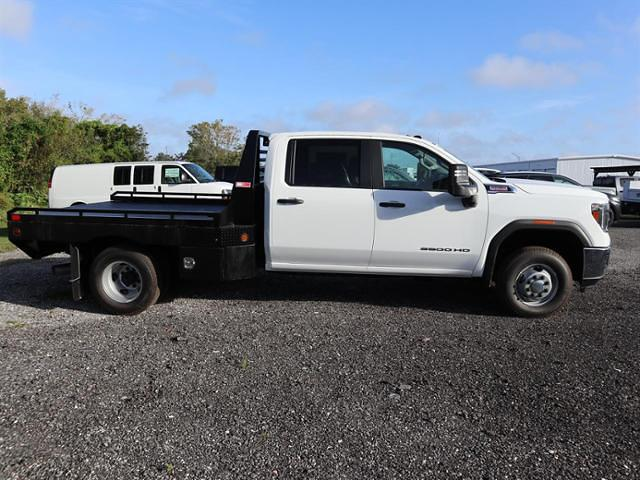 2020 GMC Sierra 3500 Crew Cab 4x4, Hillsboro GII Steel Platform Body #F20918 - photo 4