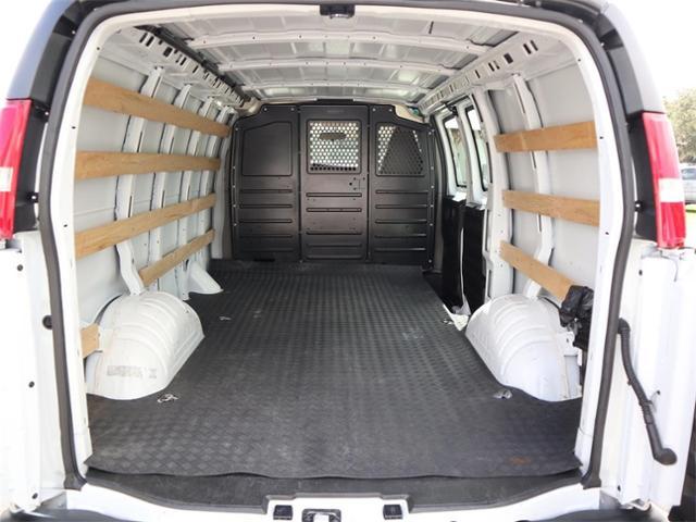 2019 GMC Savana 2500 RWD, Empty Cargo Van #R20188 - photo 1