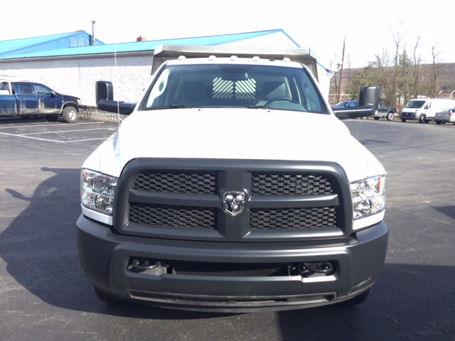2016 Ram 3500 Regular Cab DRW 4x4 Dump Body #1283 - photo 4