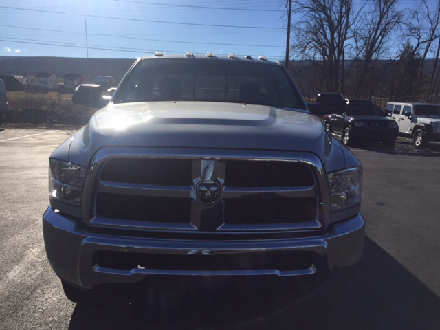 2017 Ram 2500 Regular Cab 4x4, Pickup #16238 - photo 3
