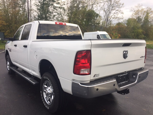 2017 Ram 2500 Crew Cab 4x4, Pickup #16276 - photo 2