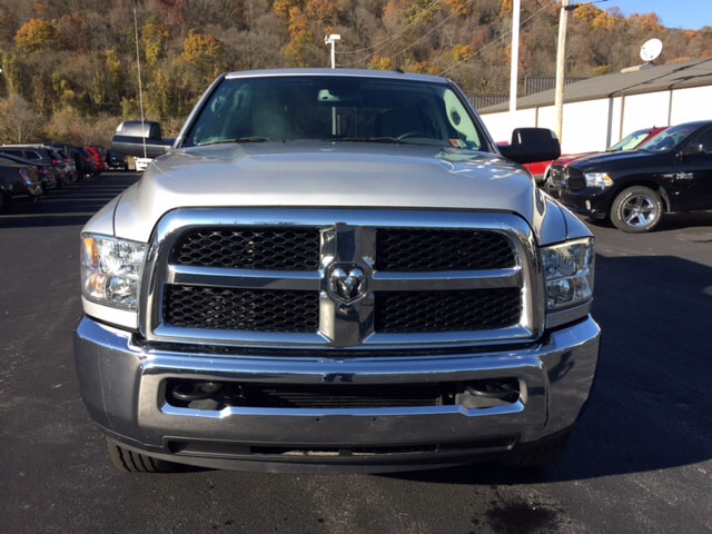 2016 Ram 3500 Crew Cab 4x4 Pickup #17489A - photo 5