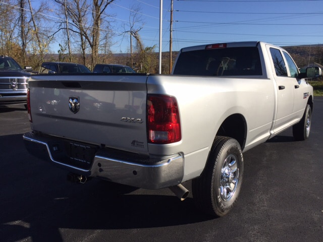 2016 Ram 3500 Crew Cab 4x4 Pickup #17489A - photo 3