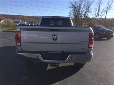 2016 Ram 3500 Crew Cab 4x4 Pickup #17489A - photo 8