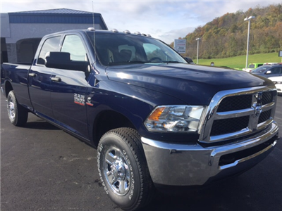 2018 Ram 2500 Crew Cab 4x4 Pickup #17511 - photo 4