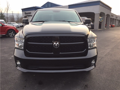 2018 Ram 1500 Quad Cab 4x4, Pickup #17512 - photo 11