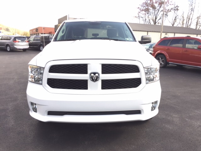 2017 Ram 1500 Quad Cab 4x4 Pickup #17525 - photo 3