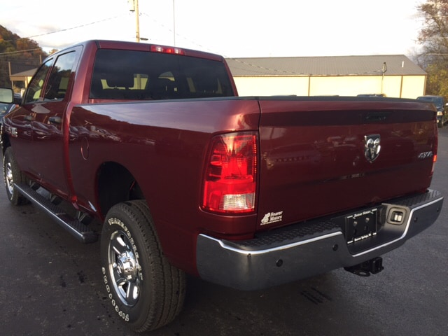 2018 Ram 2500 Crew Cab 4x4 Pickup #17527 - photo 2