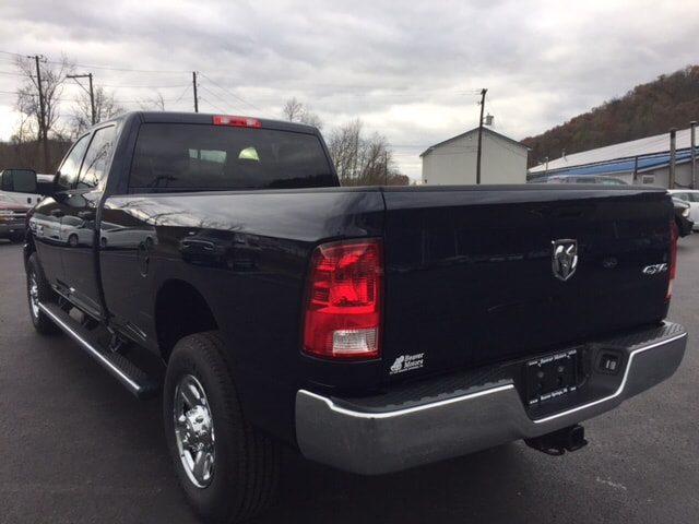 2018 Ram 3500 Crew Cab 4x4, Pickup #17546 - photo 2