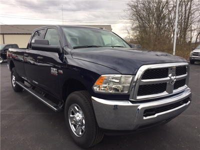 2018 Ram 3500 Crew Cab 4x4, Pickup #17546 - photo 4