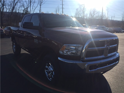 2018 Ram 3500 Crew Cab 4x4, Pickup #17549 - photo 4