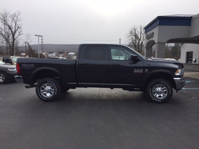2018 Ram 2500 Crew Cab 4x4, Pickup #17554 - photo 5