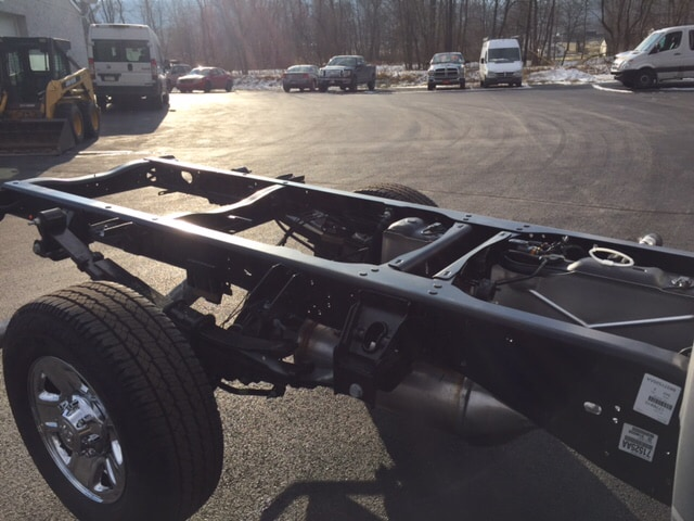 2018 Ram 3500 Regular Cab 4x4 Cab Chassis #17555 - photo 21