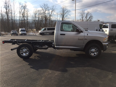 2018 Ram 3500 Regular Cab 4x4, Cab Chassis #17555 - photo 5