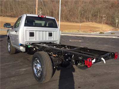 2018 Ram 3500 Regular Cab 4x4 Cab Chassis #17555 - photo 2