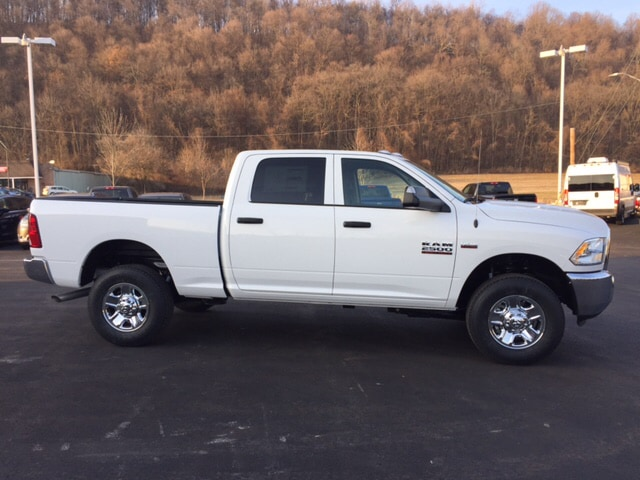 2018 Ram 2500 Crew Cab 4x4 Pickup #17975 - photo 5