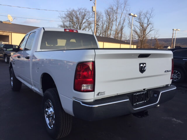 2018 Ram 2500 Crew Cab 4x4 Pickup #17975 - photo 2