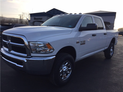 2018 Ram 2500 Crew Cab 4x4 Pickup #17975 - photo 1