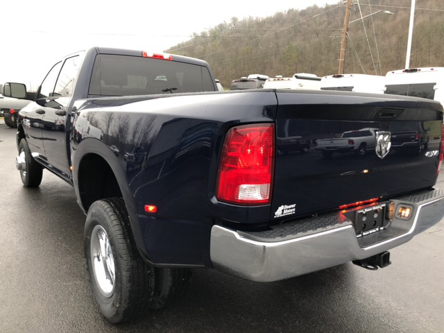 2018 Ram 3500 Crew Cab DRW 4x4, Pickup #18416 - photo 2