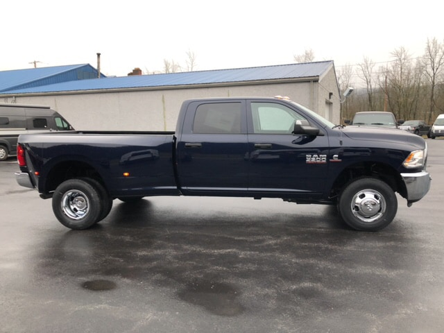 2018 Ram 3500 Crew Cab DRW 4x4, Pickup #18416 - photo 5