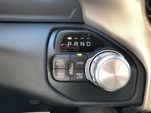 2019 Ram 1500 Crew Cab 4x4, Pickup #18417 - photo 17