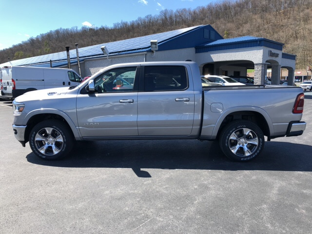 2019 Ram 1500 Crew Cab 4x4, Pickup #18417 - photo 8